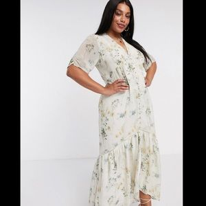 Hope & Ivy Plus maxi dress in floral, US 20